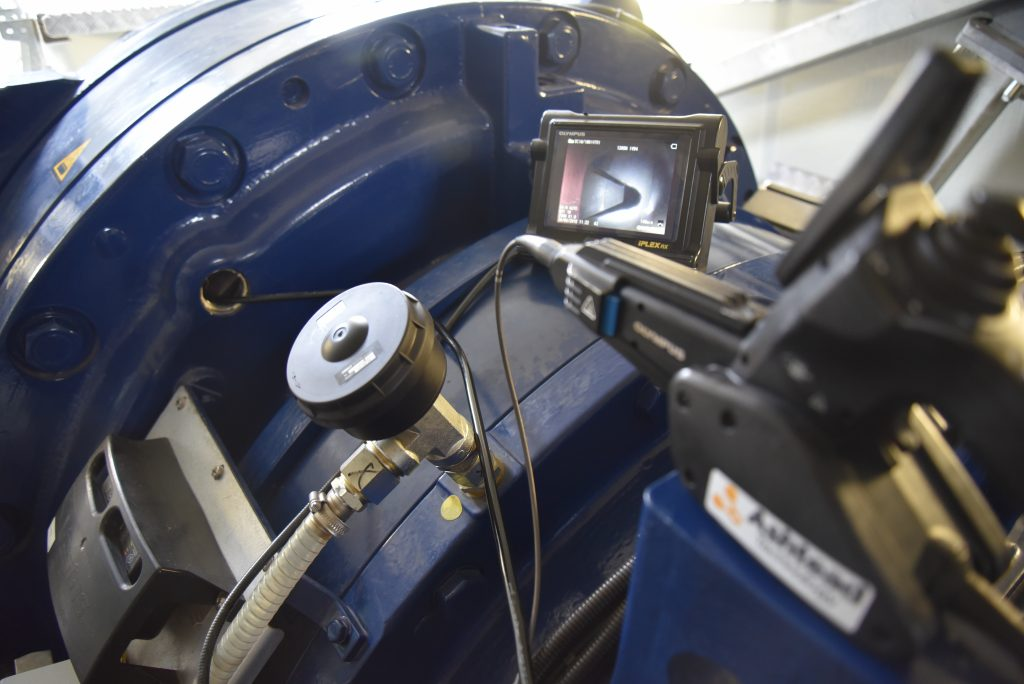 Gearbox inspection using endoscope